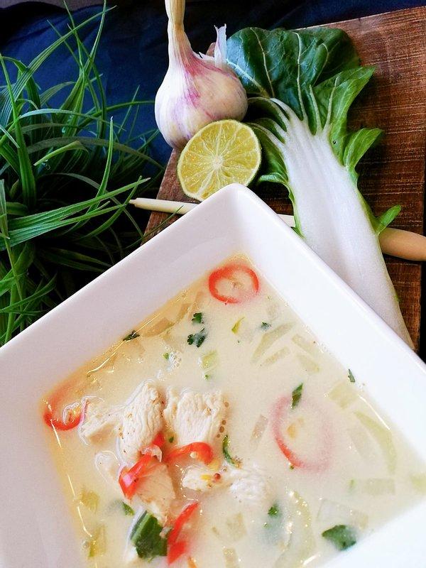 Thaise Tom Kha Kai soep met kip
